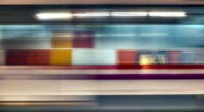 Mosso del treno ad alta velocità in sottopassaggio Fotografia Stock