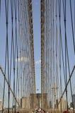 Mostów Brooklyńskich szczegóły nad Wschodnią rzeką Manhattan od Miasto Nowy Jork w Stany Zjednoczone Obrazy Royalty Free
