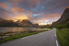 The most beautiful road to drive through during the midnight sun in northern Norway Stock Photos