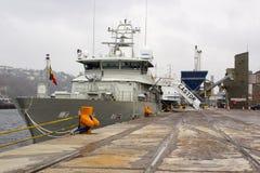 Most Belgijski statku wojennego Rycynowy berthed przy Kennedy nabrzeżem w mieście Korkowy schronienie Irlandia podczas i nadbudow fotografia stock