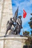 most bosfor promie Istanbul przechodzącego indyk Statua Barbarossa Zdjęcia Stock