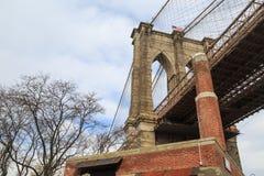Most Brooklyński kolumna Obrazy Royalty Free