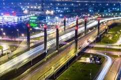 Most Danube aleja przez Pulkovskoe autostradę, Rosja Petersburg 25 Listopad 2017 Zdjęcie Royalty Free
