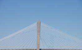 most depeszuje zawieszenie biel Zdjęcie Stock