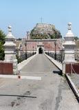 Most główna brama Stary forteca Corfu w Grecja nad Contrafossa kanałem zdjęcie royalty free
