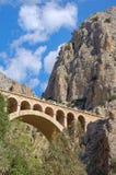 Most między falezami - El Chorro fotografia stock