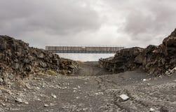 Most Między kontynentami, Iceland zdjęcie stock