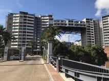 Most mieszkanie jeziornej premii przylądka żywy miasteczko zdjęcia royalty free