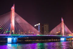 Most na perełkowej rzece Fotografia Royalty Free