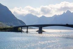 Most na Vestvagoy wyspie w Lofoten w Norwegia zdjęcia royalty free