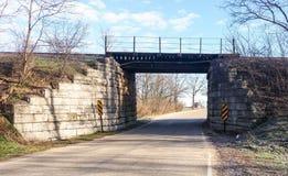 Most na wiejskiej drodze Obraz Royalty Free