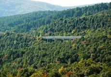 most nad doliną Obrazy Royalty Free