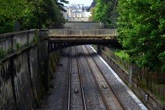 Most nad pociągów śladami w skąpaniu Zdjęcie Royalty Free