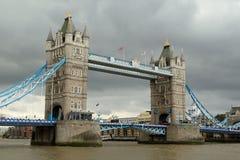 most nad rzeka Tamiza wieży zdjęcia royalty free