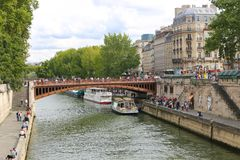 Most nad wonton rzeką, Paryż Obraz Stock