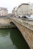 Most nad wonton rzeką, Paryż Zdjęcia Stock