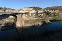 Most od 1350 w wiosce Monistrol de Montserrat Zdjęcia Royalty Free
