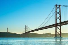 Most przy zmierzchem, Portugalia Obrazy Stock