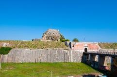 Most Stary forteca widzieć od Contrafossa korfu Greece fotografia stock