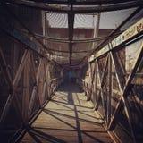 Most to prowadzi miasto miastowi graffiti Fotografia Royalty Free