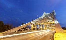 Most w Loschwitz przy nocą, Niemcy obraz royalty free