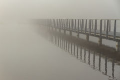 Most w mgle Zdjęcie Stock