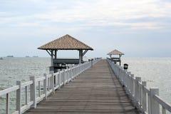 Most w morzu zdjęcia stock