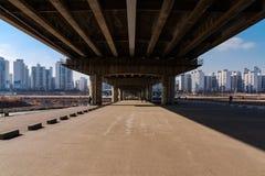 Most wzdłuż Hangang rzeki zdjęcia stock