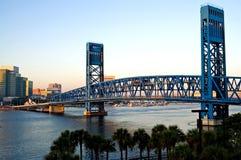 most zwodzony miasta. Zdjęcie Stock