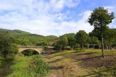 mosta łękowaty kamień Zdjęcia Stock