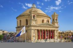MOSTA, ΜΆΛΤΑ - 15 ΑΥΓΟΎΣΤΟΥ 2016: Ο διάσημος θόλος Mosta σε το σύνολο ` s Στοκ φωτογραφία με δικαίωμα ελεύθερης χρήσης