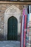 Mostar, bazar, mercado, compras, Koski Mehmed Pasha Mosque, Bosnia y Herzegovina, Europa, Islam, religión, lugar de culto imágenes de archivo libres de regalías