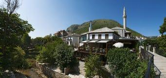 Mostar, horizonte, mezquita, alminar, Bosnia y Herzegovina, Europa, Islam, religión, lugar de culto imagenes de archivo