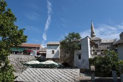 Mostar, religión, mezquita, rezo, lugar de culto, Bosnia y Herzegovina, Europa, ciudad vieja, Islam, musulmán, horizonte imagenes de archivo