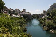 Mostar, Stari más, puente viejo, Bosnia y Herzegovina, Europa, ciudad vieja, calle, arquitectura, caminando, horizonte, bazar foto de archivo libre de regalías