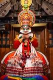 Mostra da dança de Kathakali em Cochin, Índia foto de stock royalty free