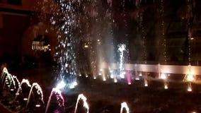 Mostra da fonte de água da dança em Kyiv, Ucrânia vídeos de arquivo