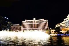 Mostra da fonte no hotel e no casino de Bellagio Imagem de Stock