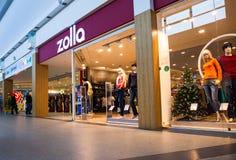 Mostra da loja de Zolla no centro de compra da família MEGA Imagem de Stock Royalty Free