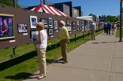 Mostra de arte de Streetside fotografia de stock royalty free