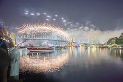 Mostra de Sydney New Year Eve Fireworks Imagem de Stock Royalty Free
