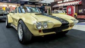 Mostra delle automobili rare di 40-70 anni fa a partire dallo XX secolo Fotografie Stock Libere da Diritti