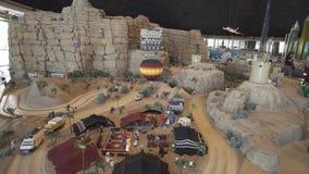 Mostra di PETRA dei modelli fatta dei pezzi di Lego in Miniland Legoland ai parchi ed alle località di soggiorno del Dubai fotografie stock