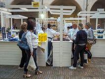 Mostra di vari tipi di paste italiane nella città di Foli immagine stock libera da diritti