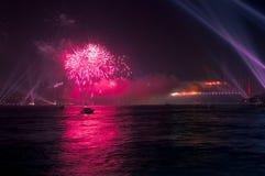 Mostra do fogo-de-artifício e da luz fotografia de stock royalty free