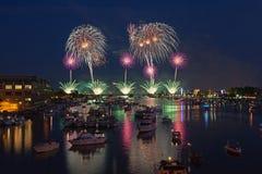 Mostra dos fogos-de-artifício de Bay City - Dia da Independência foto de stock