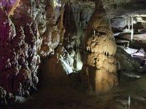 Mostra feericamente clara na caverna do PROMETHEUS Fotos de Stock Royalty Free