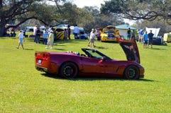 Mostra rossa d'annata vecchia di sport dell'automobile Fotografia Stock