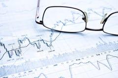 Mostrando o conceito do relatório comercial Imagens de Stock Royalty Free