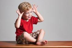 Mostrar gesto divertido Imagen de archivo
